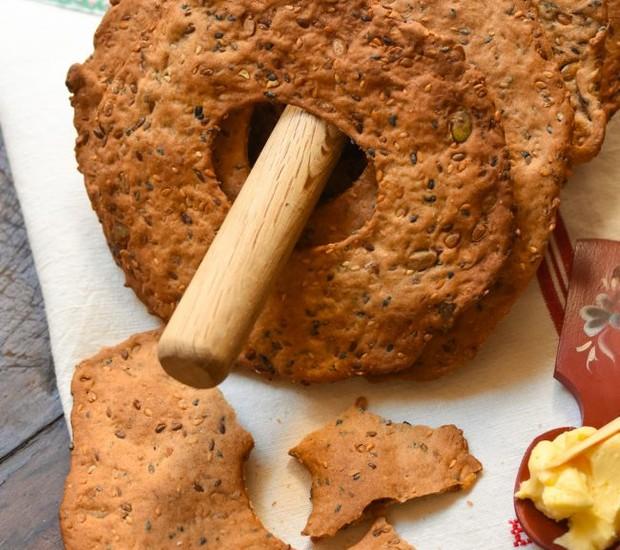 Argolas crocantes de centeio (Foto: Na cozinha da Helô/ Reprodução)