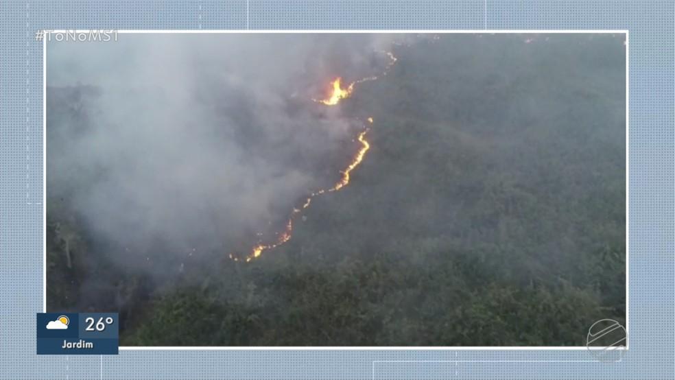 Incêndio destrói Serra do Amolar, em Corumbá. — Foto: Reprodução/TV Morena