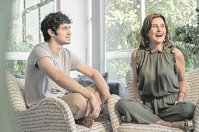 Simone Zuccolotto com Gabriel Leone (Foto: Ana Paula Amorim)