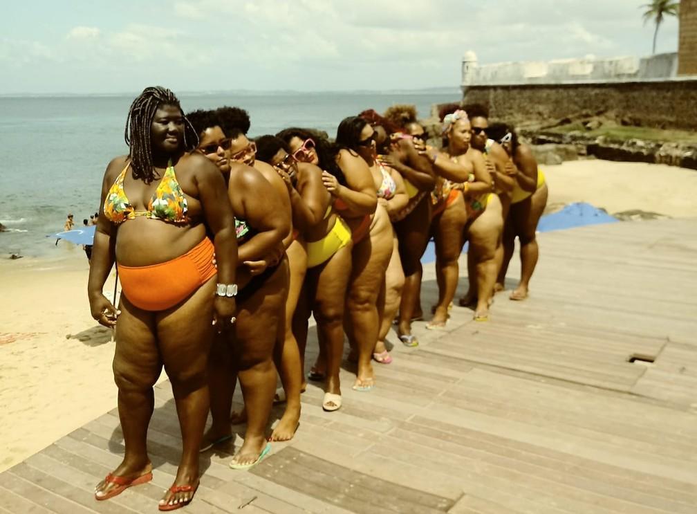Ato acontece na praia do Porto da Barra, em Salvador, neste domingo (10). — Foto: Arquivo Pessoal