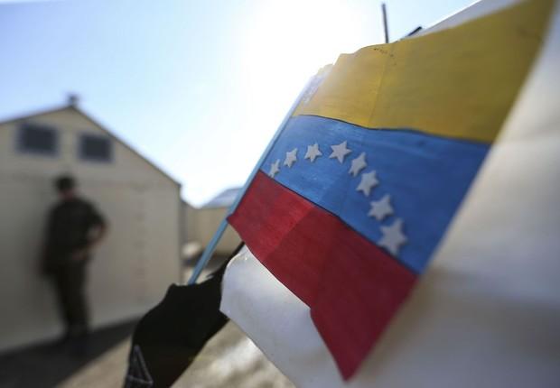 Desenho de bandeira da Venezuela (Foto: Marcelo Camargo/Agência Brasil)