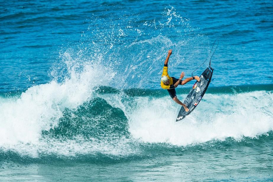 Campeão mundial Ítalo Ferreira vence competição na França