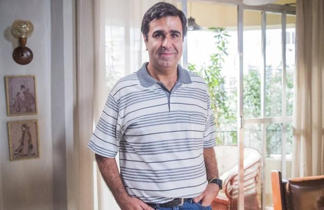 Na quinta (13), Hugo (Orã Figueiredo) vai saber que ganhou na loteria (Foto: Globo)