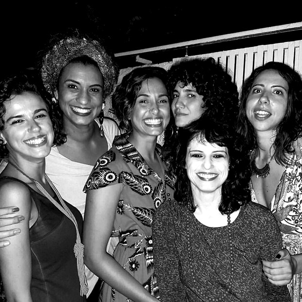 Antonia com Marielle e Camila Pitanga em foto em grupo (Foto: Arquivo pessoal)