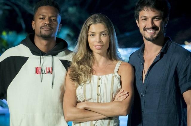 Ramon (David Júnior), Paloma (Grazi Massafera) e Marcos (Romulo Estrela) (Foto: TV Globo)