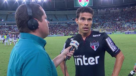 """Hernanes critica imaturidade do São Paulo e diz: """"Vai apanhar até crescer"""""""