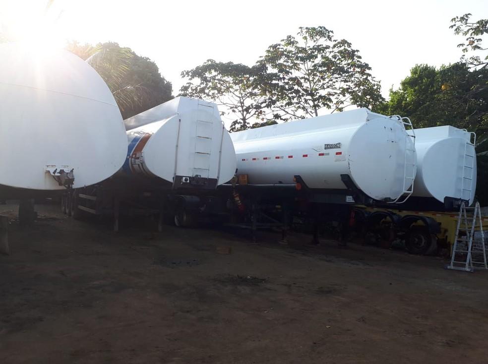 Caminhões foram apreendidos pela Polícia Federal em megaoperação contra tráfico de drogas nesta terça-feira (18) — Foto: Polícia Federal/Divulgação