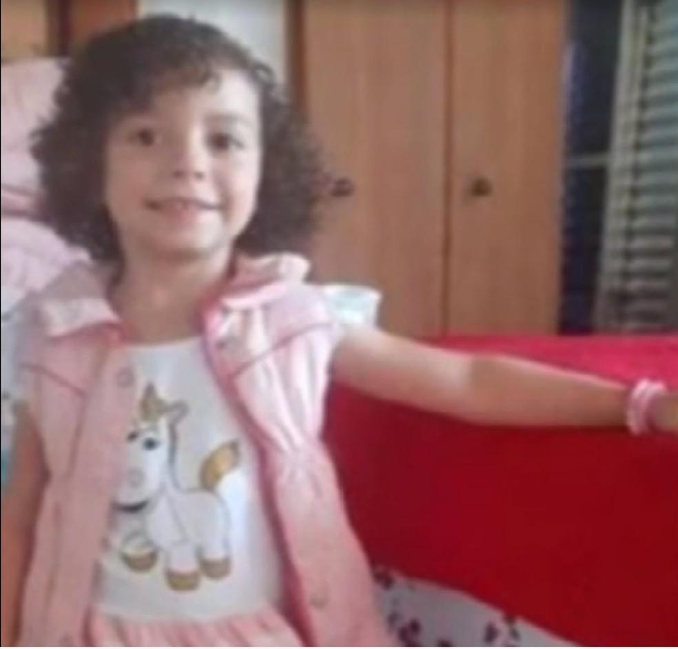 Ester morreu aos 4 anos com um tiro no peito em Santo André, na noite de domingo (11), após briga por vaga de estacionamento — Foto: TV Globo/Reprodução