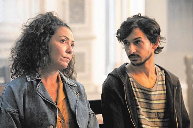 Ravel Andrade e Fabiula Nascimento em 'Sob pressão' (Foto: João Faissal/Globo)