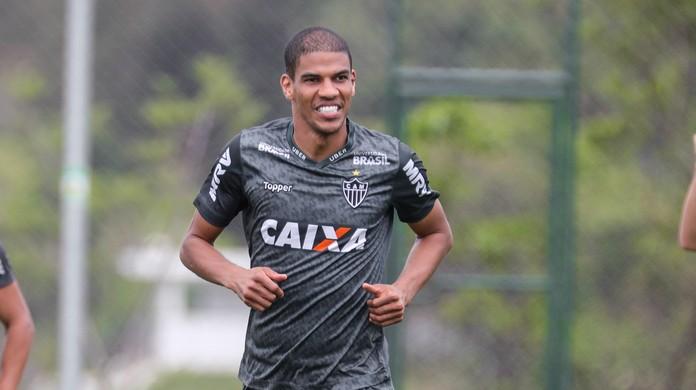 Léo Silva vai estender contrato até junho  sequência fora de campo está  engatilhada no Atlético-MG  ecd4294ddbe39