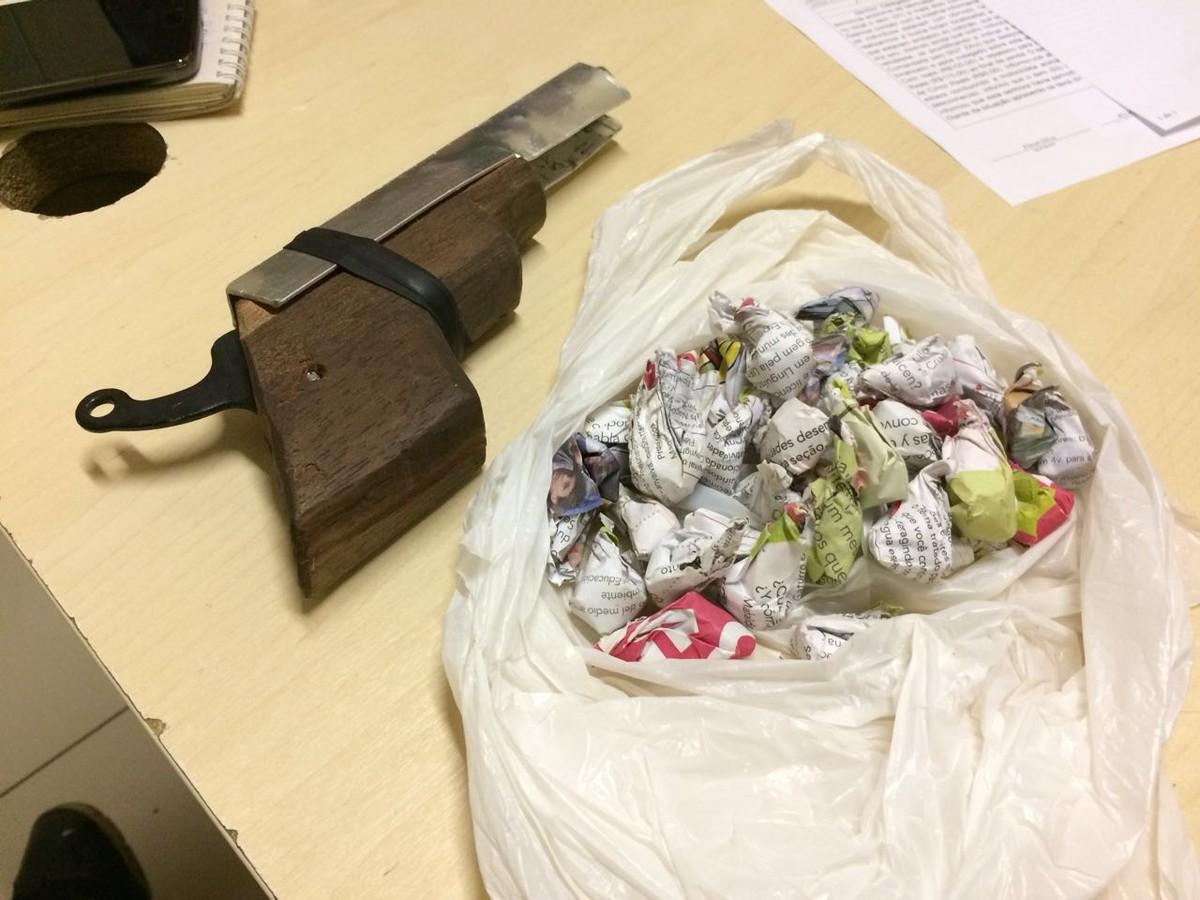 Garoto de 13 anos e jovem de 19 são detidos com droga e arma caseira em Boa Vista