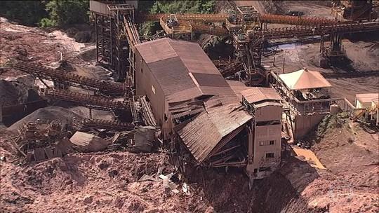 Rompimento de barragem de rejeitos de minério provoca desastre em Brumadinho (MG)
