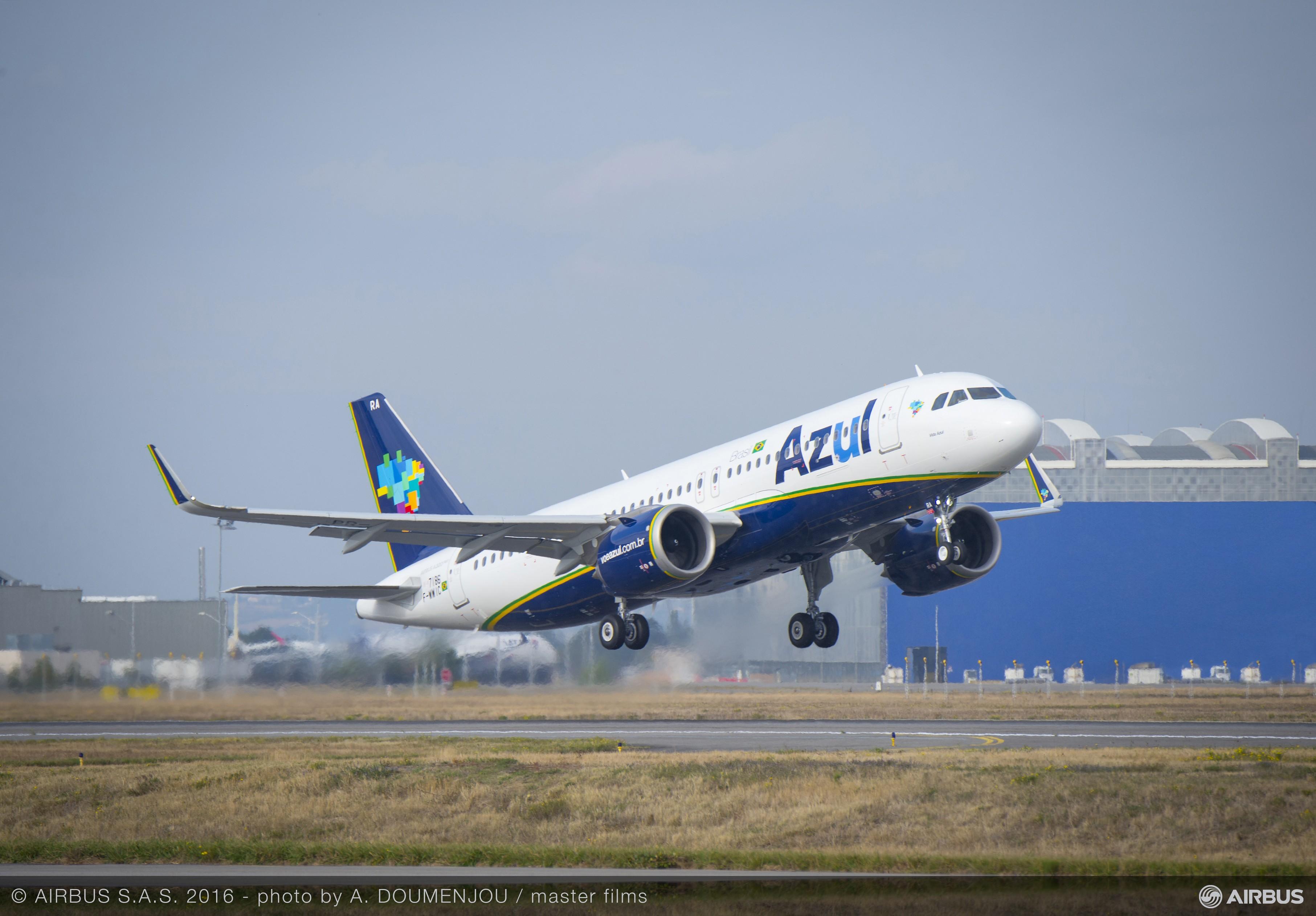 Empresa cancela voo e mantém crianças de BH sozinhas por mais de 10h em aeroporto da Bahia