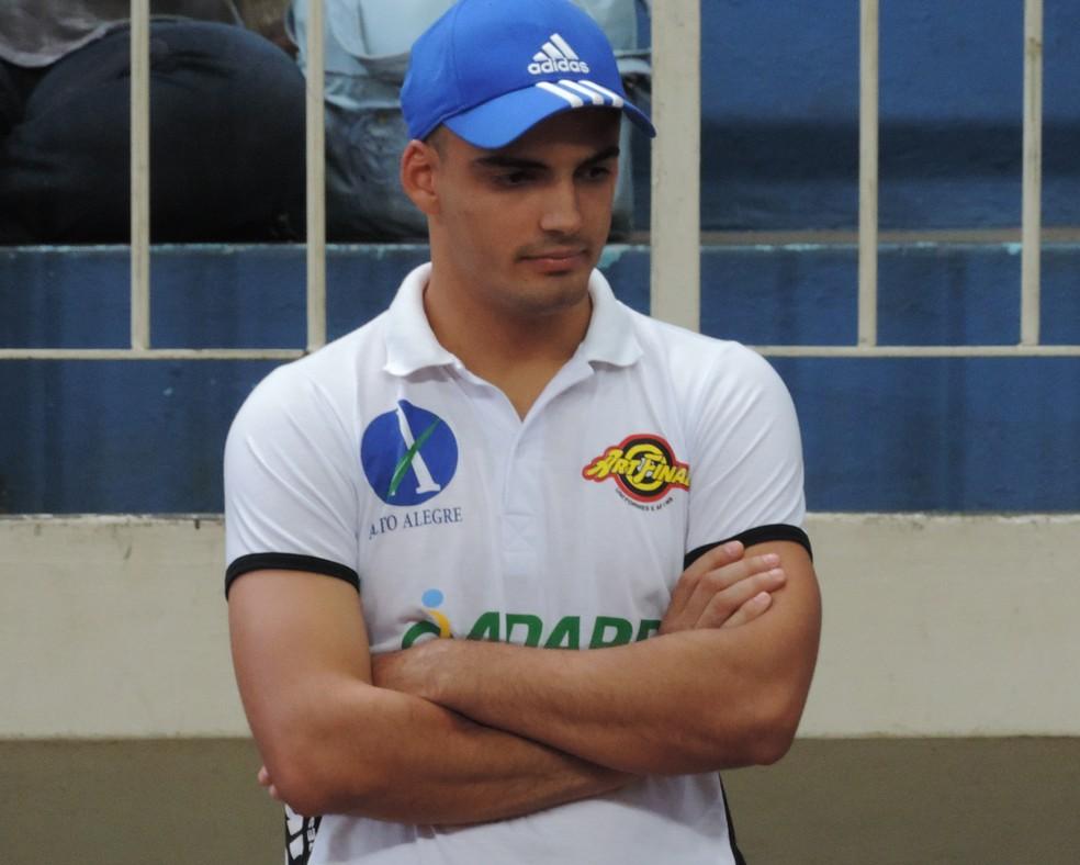 Renê Silva não gostou nada da atuação da Adapp no último jogo (Foto: João Paulo Tilio / GloboEsporte.com)