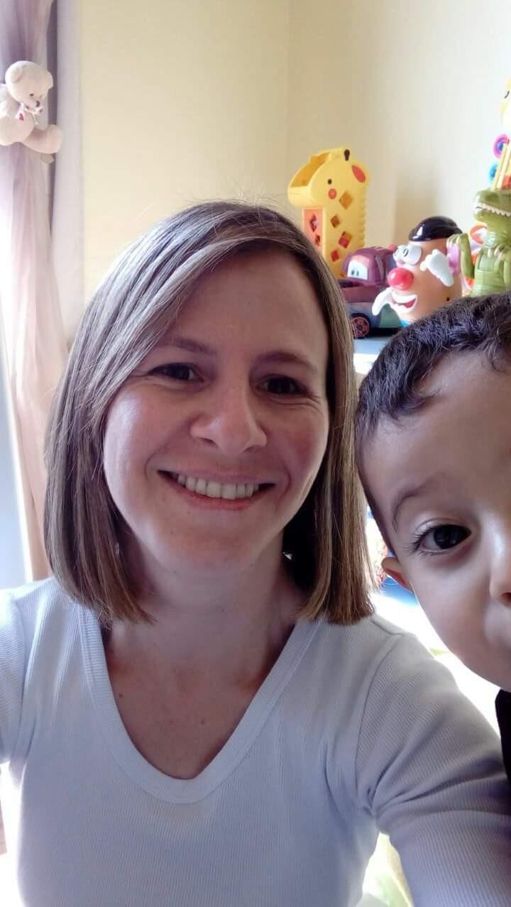 Juliana Binotto e o filho Alessandro: planos de morar na Itália