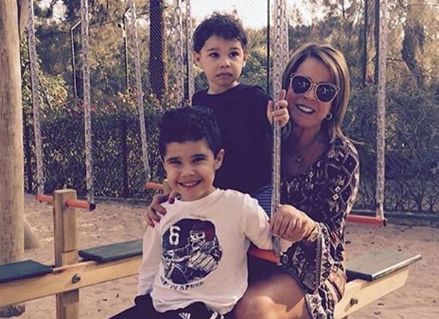 Wanessa e os filhos José Marcus e João Francisco (Foto: Reprodução/Instagram)