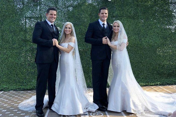 Gêmeos e gêmeas idênticos se casam nos Estados Unidos (Foto: Reprodução/Facebook)