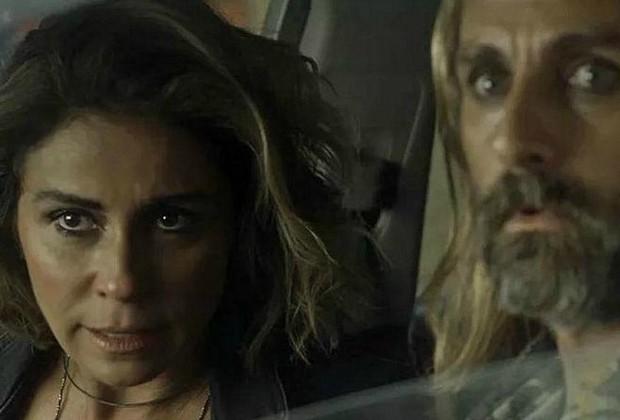 André Dias e Giovanna Antonelli, caracterizados como Groa e Luzia, em cena de Segundo Sol (Foto: Reprodução/TV Globo)