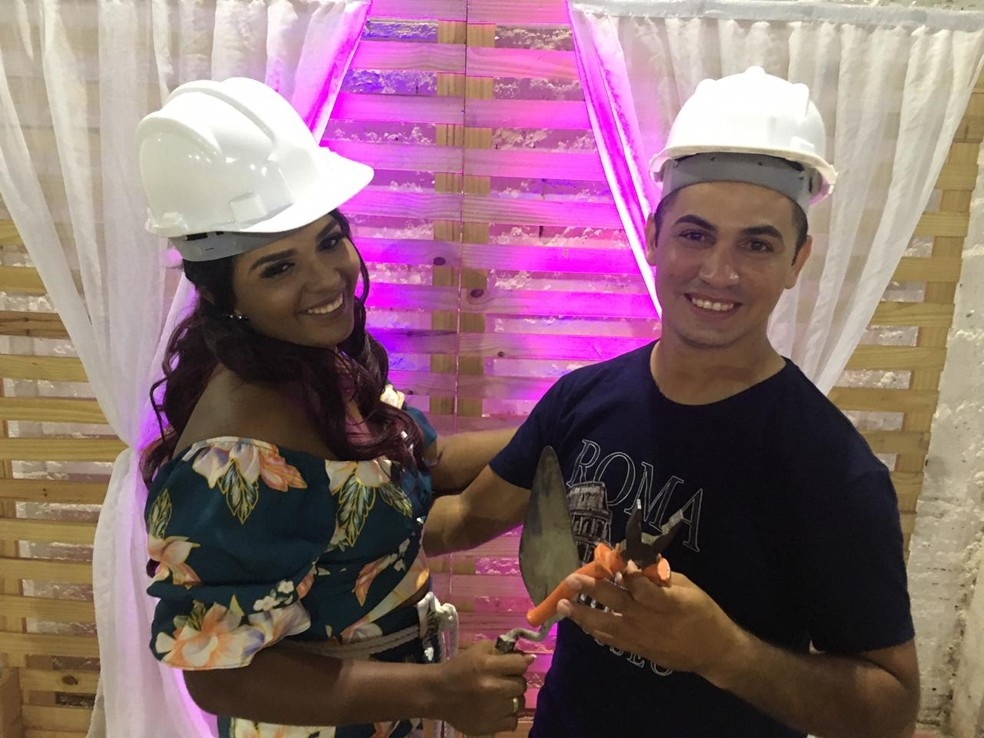 Noivos inovam nos pedidos de presentes de casamento e fazem 'chá de construção', na PB — Foto: Gean Carlos Batista da Silva/Arquivo pessoal