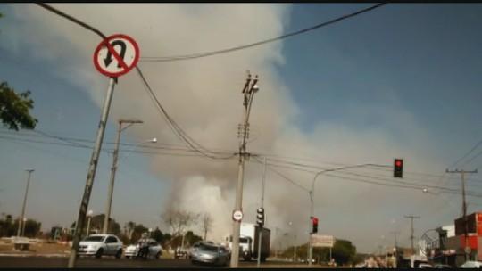 Incêndio atinge área de 20 hectares em São Carlos, SP