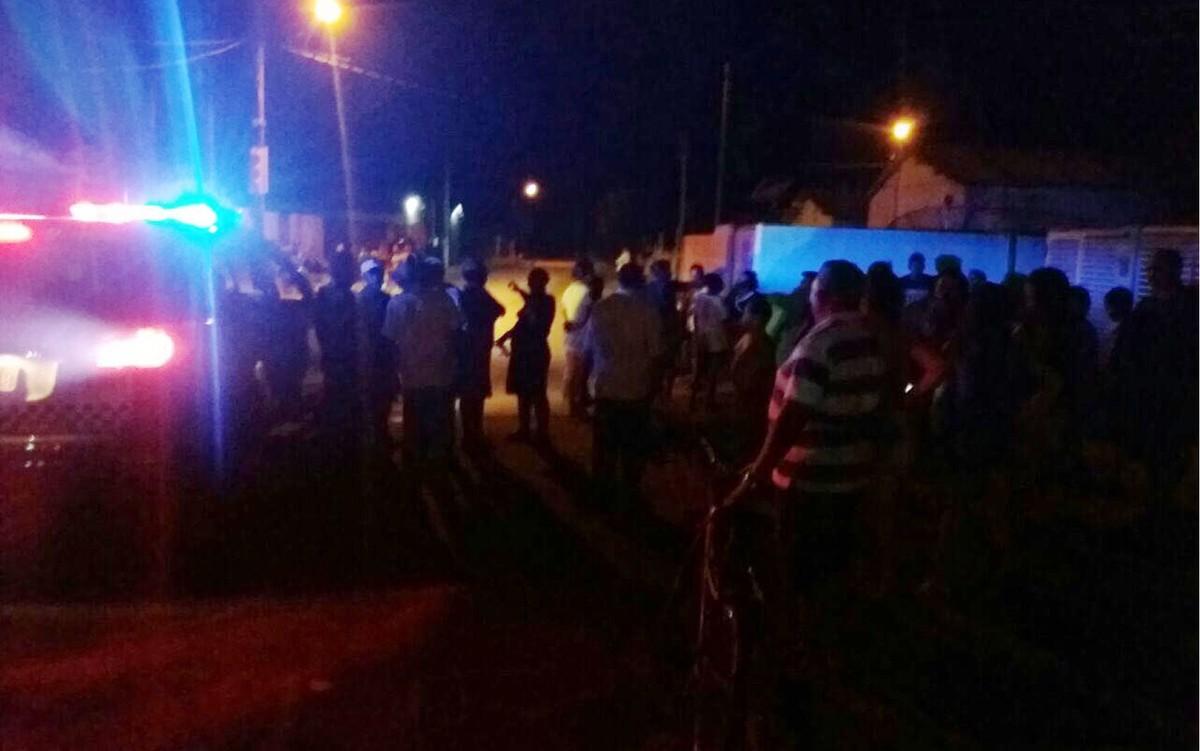 Barra de concreto cai de portão e mata menino de 5 anos em MT