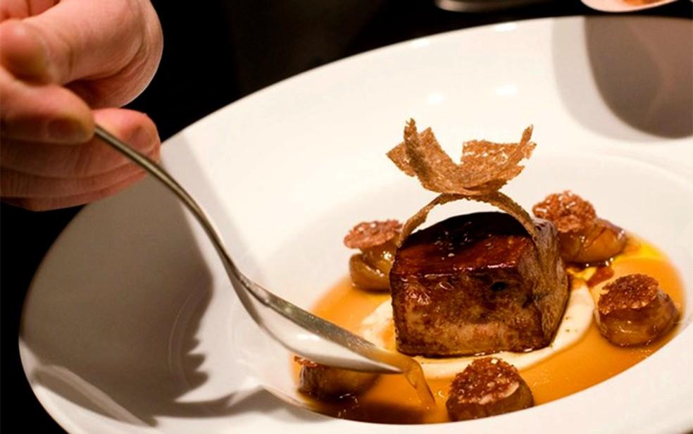 Venda do foie gras está proibida em algumas partes do mundo, como na Califórnia e, a partir de 2022, em Nova York. — Foto: Stephanie Diani/The New York Times/Arquivo