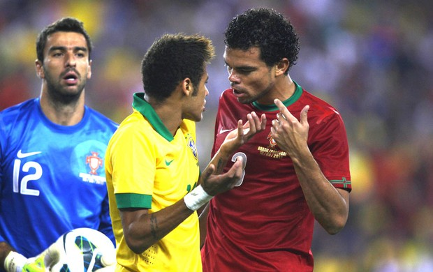 Neymar e Pepe Brasil e Portugal (Foto: Mowa press)