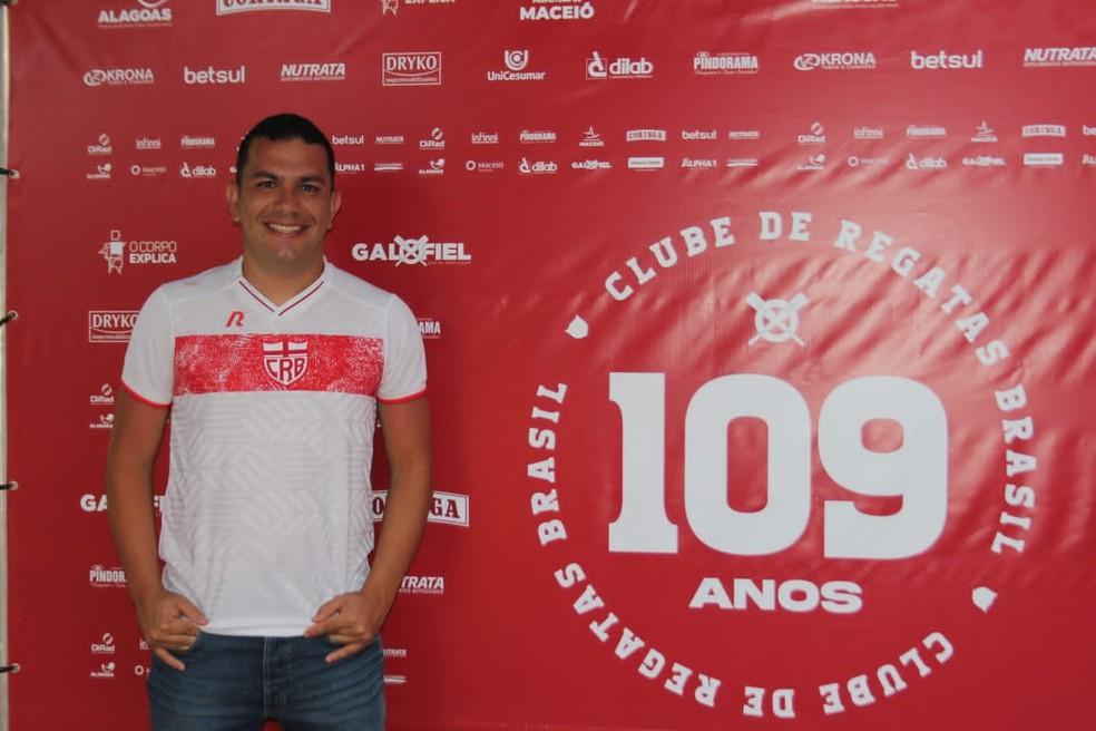 Lucas Ramires comentou evolução no sócio do Galo — Foto: Divulgação/Ascom CRB