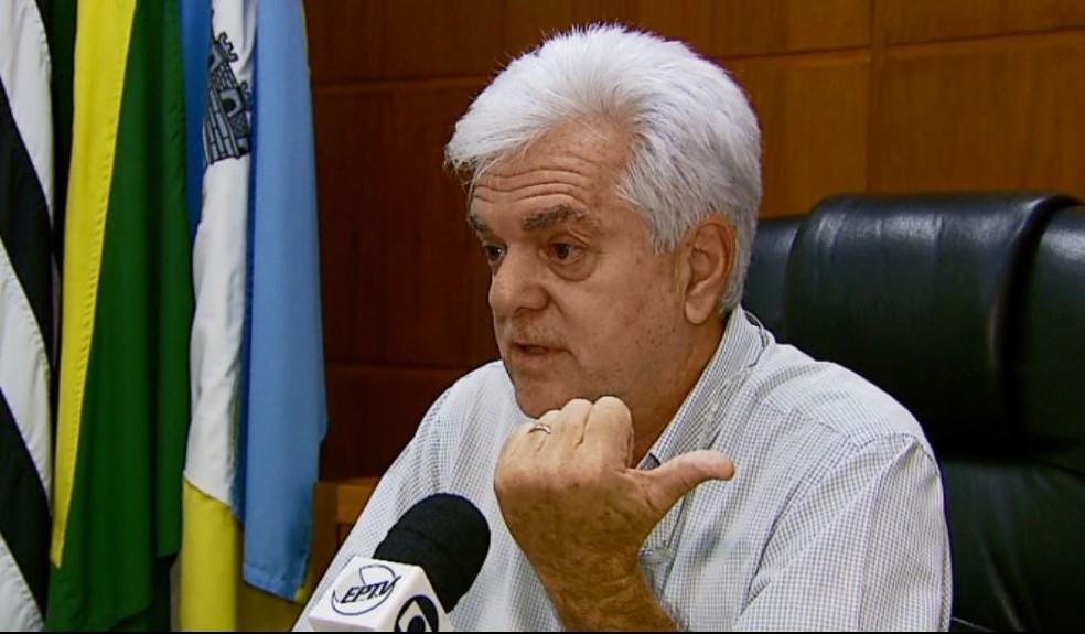 O prefeito de São José do Rio Pardo, Ernani Cristóvão Vasconcelos (PSB) (Foto: Reprodução/EPTV)