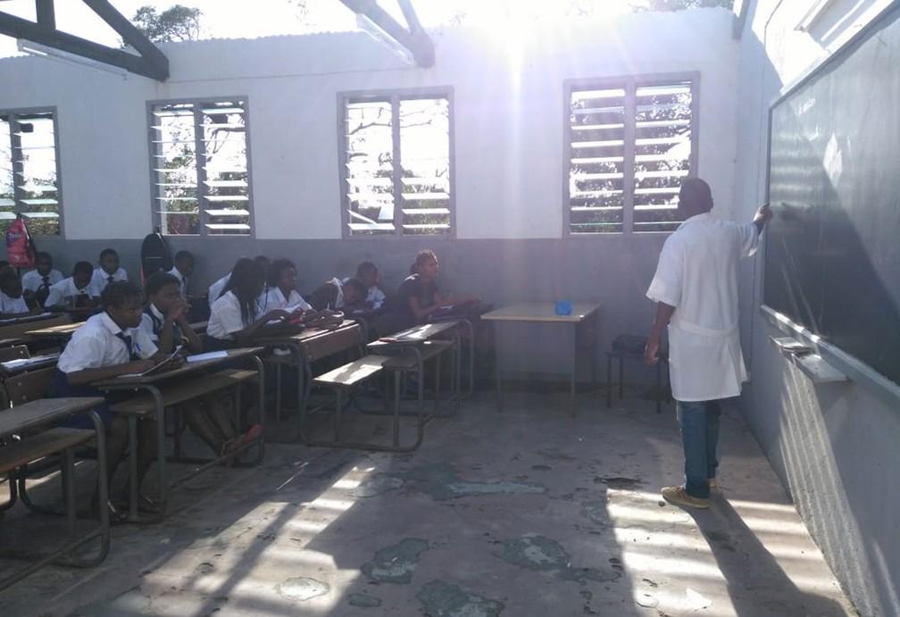 Duração das aulas foi reduzida de 45 minutos para 25 — Foto: Abu Bacar Abdula/ Arquivo Pessoal