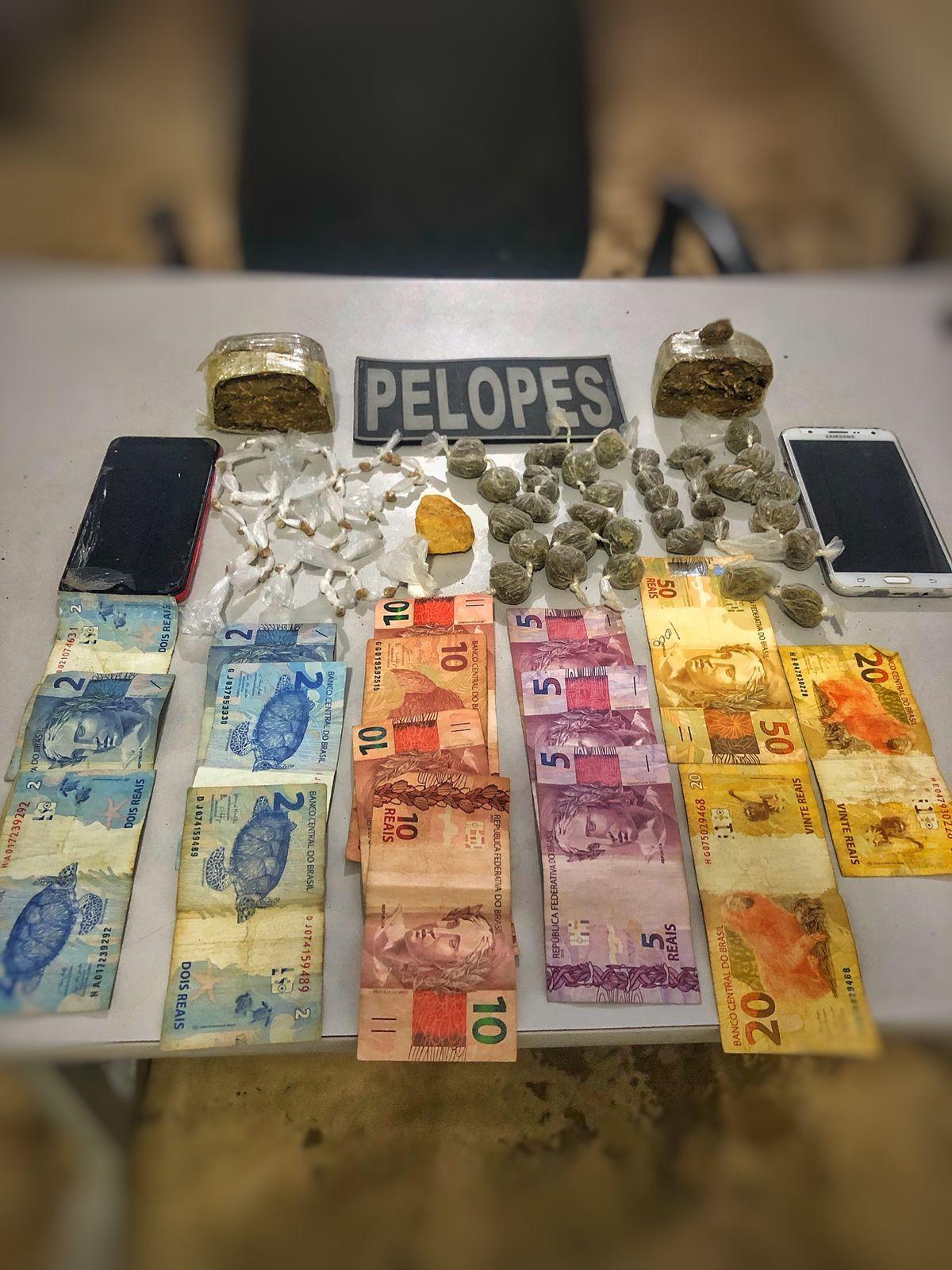 Três homens são presos suspeitos de tráfico de drogas em São José da Tapera, AL