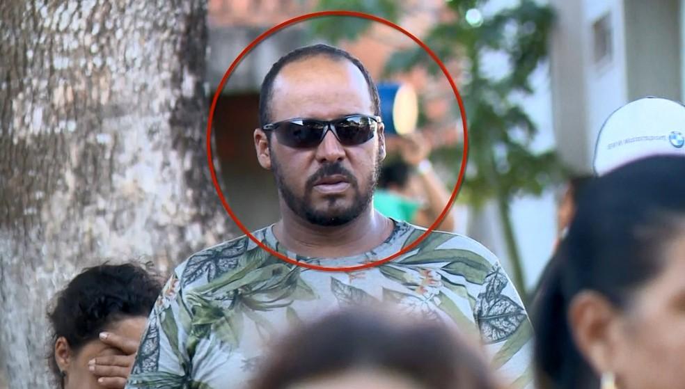 Marido da professora Regiane da Silva Pereira, Paulo Sérgio, foi indiciado pelo homicídio — Foto: Reprodução/ TV Gazeta