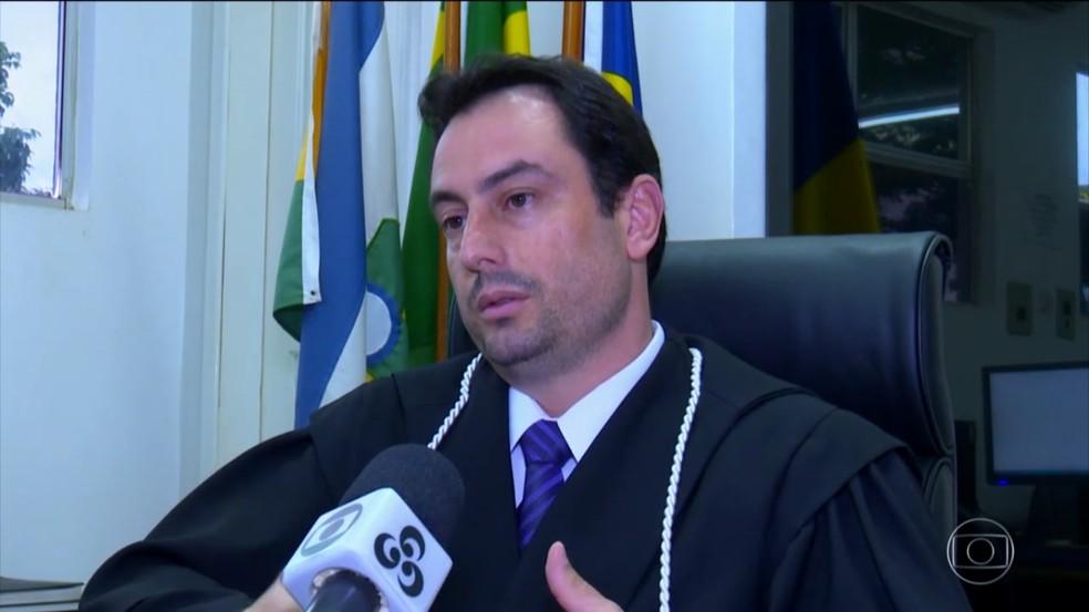 Juiz Fabrízio de Menezes virou alvo do suspeito na época (Foto: Reprodução/TV Globo)