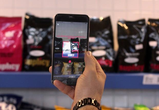 No autoatendimento da Suplicy Cafés Especiais, o cliente escaneia os QR codes e pagam diretamente pelo app, sem necessidade de intervenção humana (Foto: Divulgação/Suplicy Cafés Especiais)