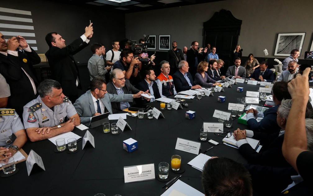 Sala de reuniões do Palácio dos Bandeirantes foi pintada de tons escuros — Foto: Felipe Rau/Estadão Conteúdo
