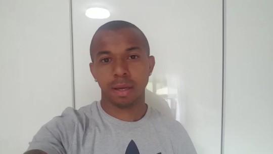 Feliz pela convocação, Mariano conta os minutos para chegar ao Brasil