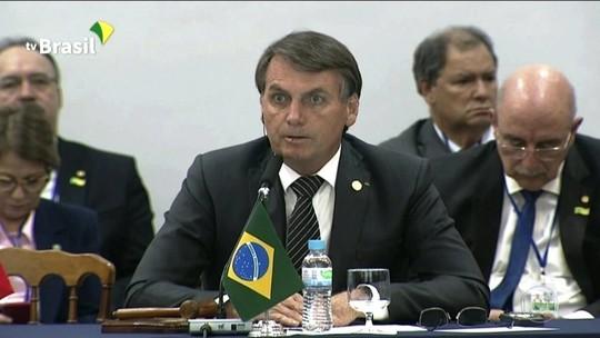 'Queria continuar presidente, não dá pra dar um golpe?', afirma Bolsonaro na cúpula do Mercosul