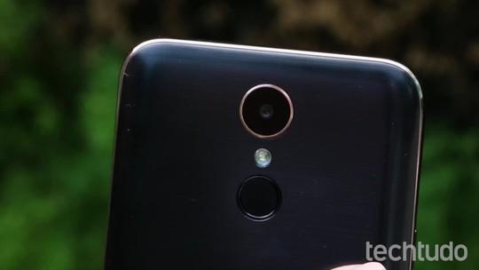 Quantum Fly vs LG K10: celulares têm especificações intermediárias