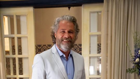 Leopoldo Pacheco comenta mudança no visual de Feliciano em 'O Sétimo Guardião'; veja vídeo dos bastidores