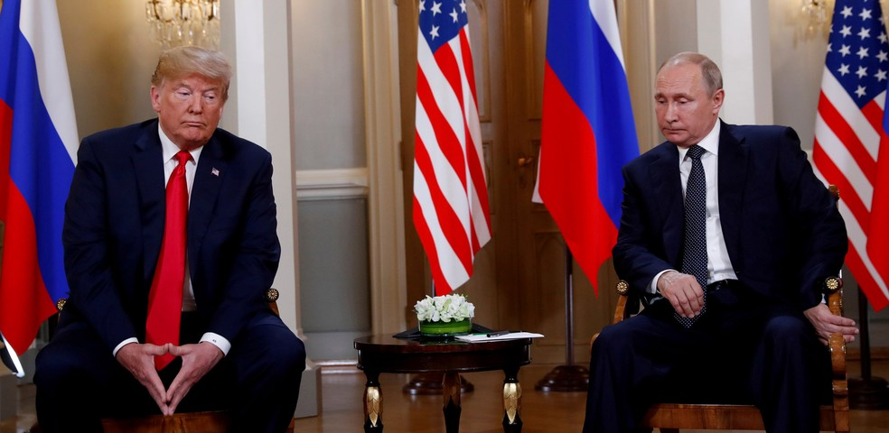 Donald Trump e Vladimir Putin se encontraram na Finlândia em 16 de julho de 2018   — Foto: Kevin Lamarque/Reuters/Arquivo