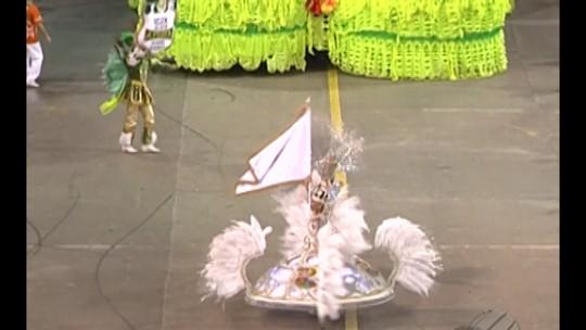 Escola de samba 'Bole Bole' é a campeã do Carnaval 2016 de Belém