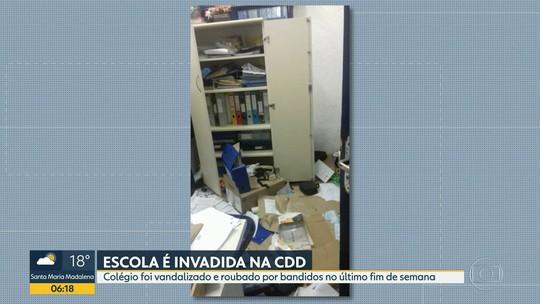 Escola municipal na Cidade de Deus é invadida e roubada