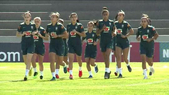 Faltando 15 dias para a Copa do Mundo feminina, seleção brasileira está quase completa nos treinamentos