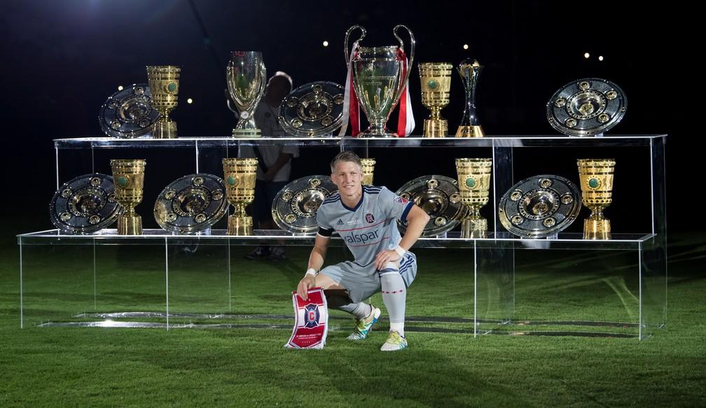 Pouco troféu? Schweinsteiger ganhou tudo que disputou no Bayern (Foto: AFP)