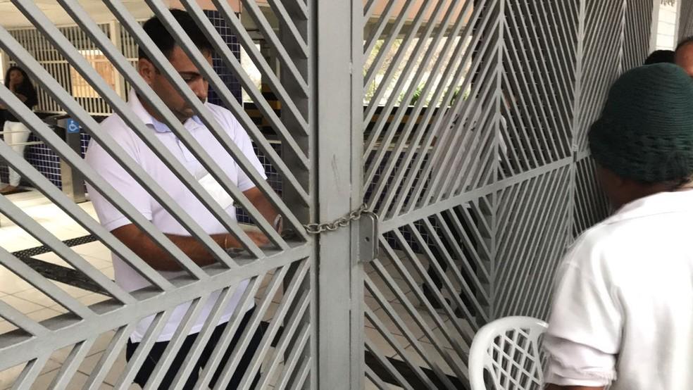 Os portões dos locais de prova do Enem vão fechar às 13h do horário de Brasília neste domingo — Foto: Patrick Marques/G1 AM