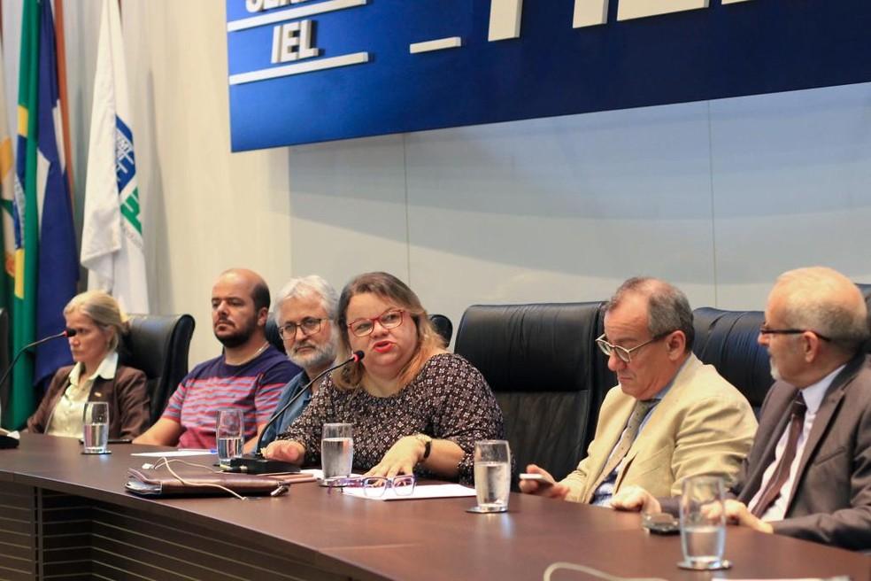 Consulado propõe idioma italiano em grade escolar de MT — Foto: Rosane Brandão/Seduc-MT