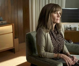 Julia Roberts em 'Homecoming' | Jessica Brooks/Amazon