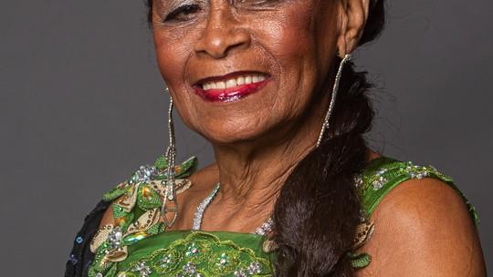 Celestina Maria cresceu numa família de músicos e, aos 79 anos, tem um sonho: 'Ter uma música minha sendo tema de novela'