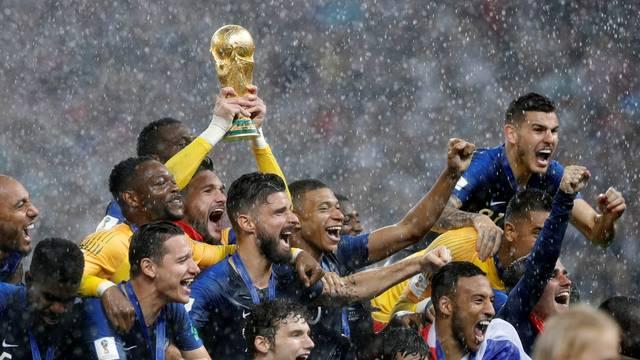 Franceses celebram bicampeonato do Mundial