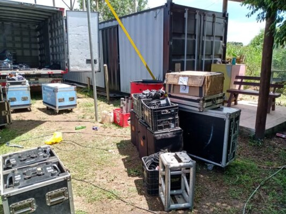 Evento clandestino em São Pedro da Aldeia, RJ, contava com estrutura de som  — Foto: Divulgação/Prefeitura de São Pedro da Aldeia